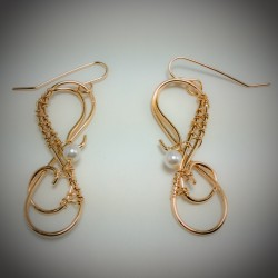 Gold Swirl and Pearl - 2162