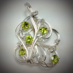 Sculptured Peridot - 2226
